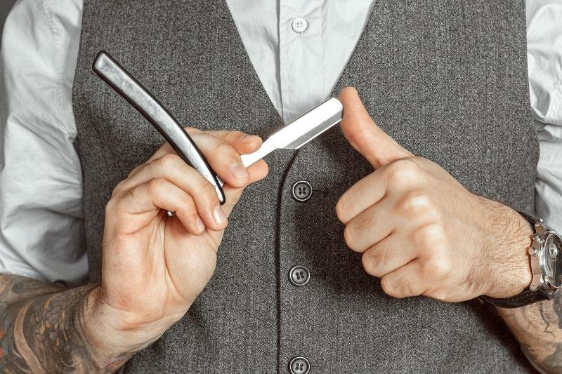 Golenie brzytwą - lepsze od tradycyjnej maszynki?