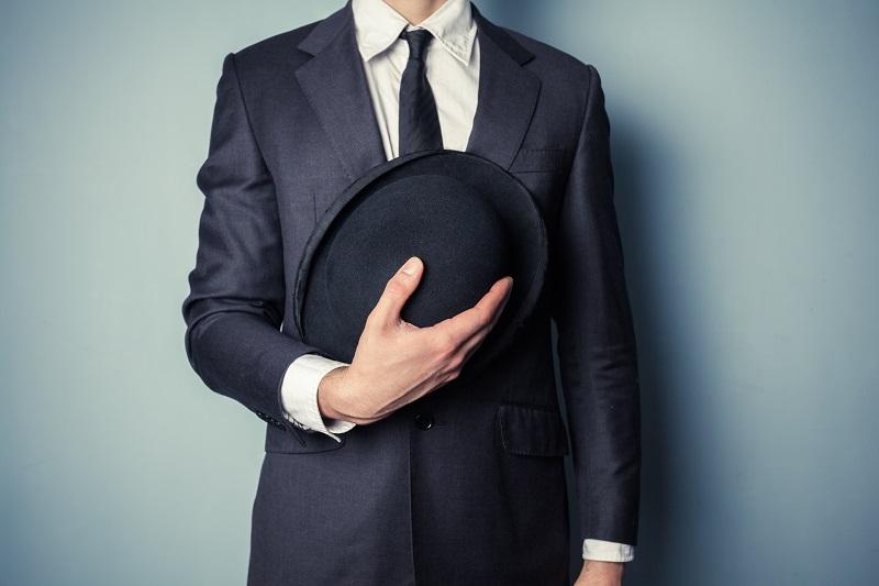 Co powiesz na kapelusz? Kiedyś synonim elegancji, dzisiaj... casualu!