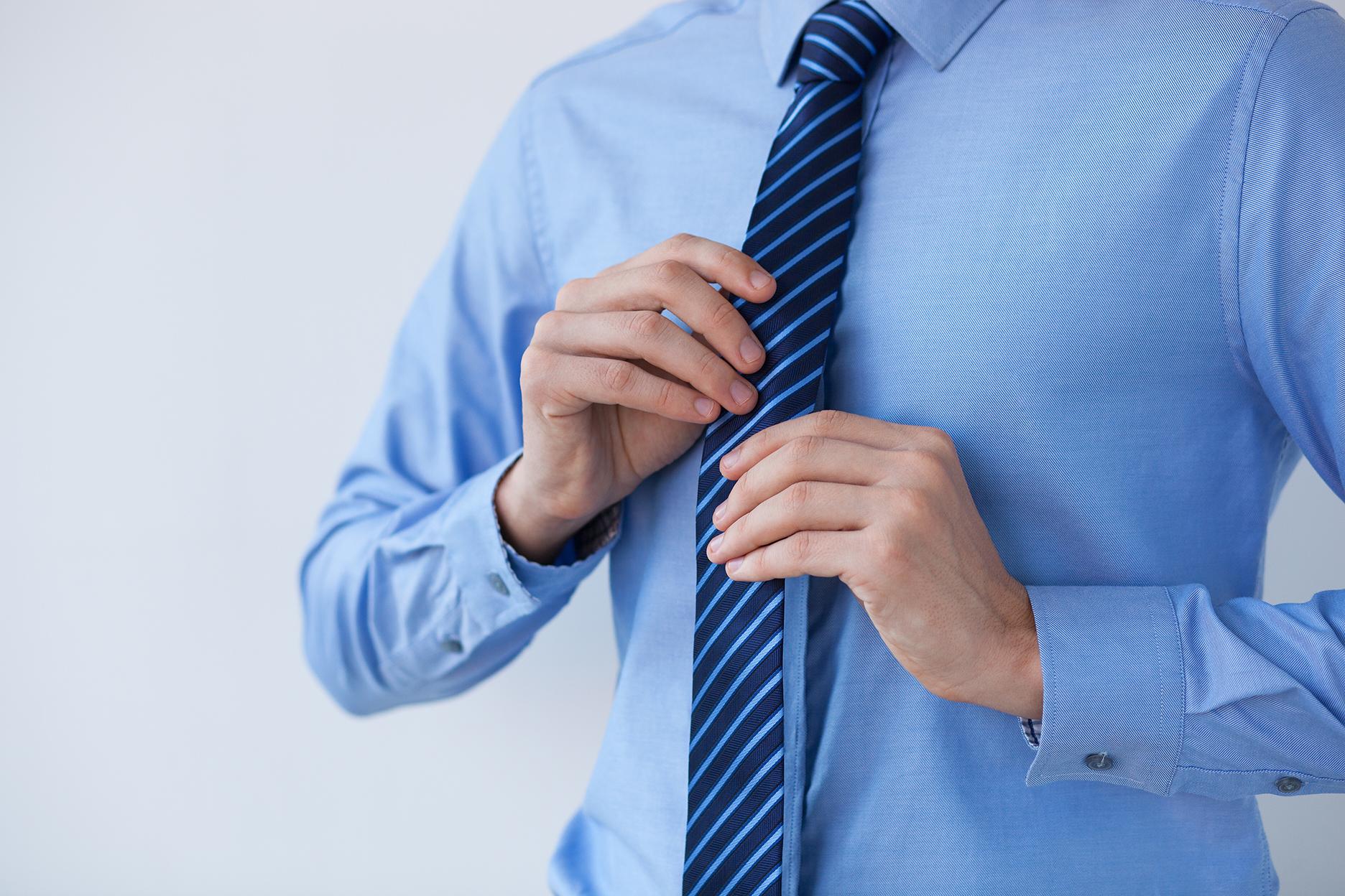 Błękitna koszula – z czym ją łączyć? » Blog o modzie męskiej