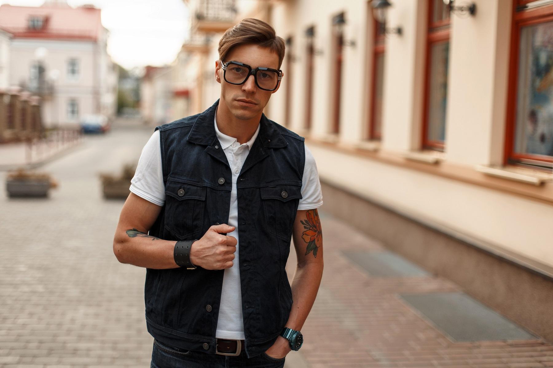 Męska kamizelka – od gangstera do hipstera