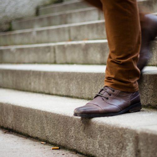 Jak rozciągnąć buty? 3 sposoby na ciasne buty!