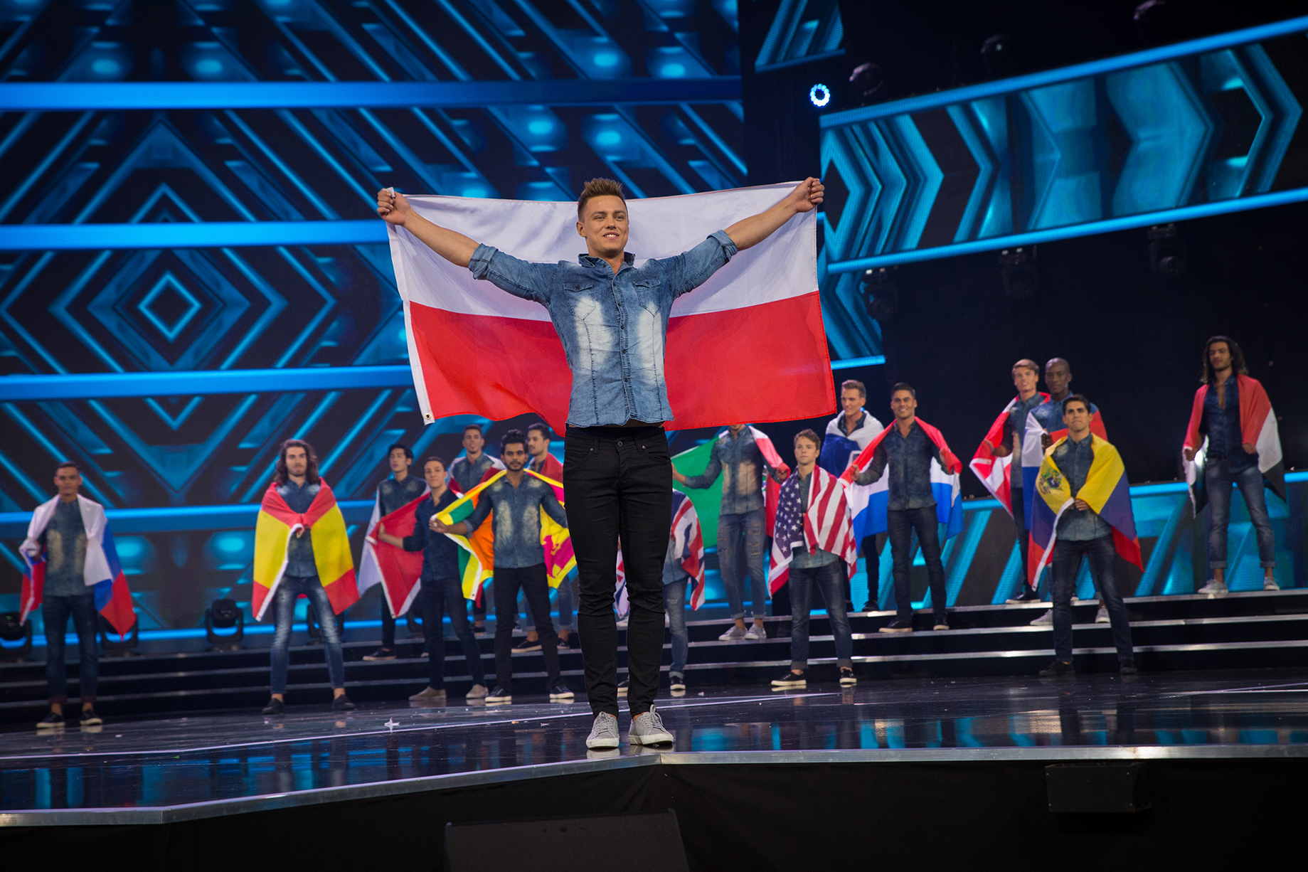 Ozonee Exclusive: Wywiad z Rafałem Jonkiszem