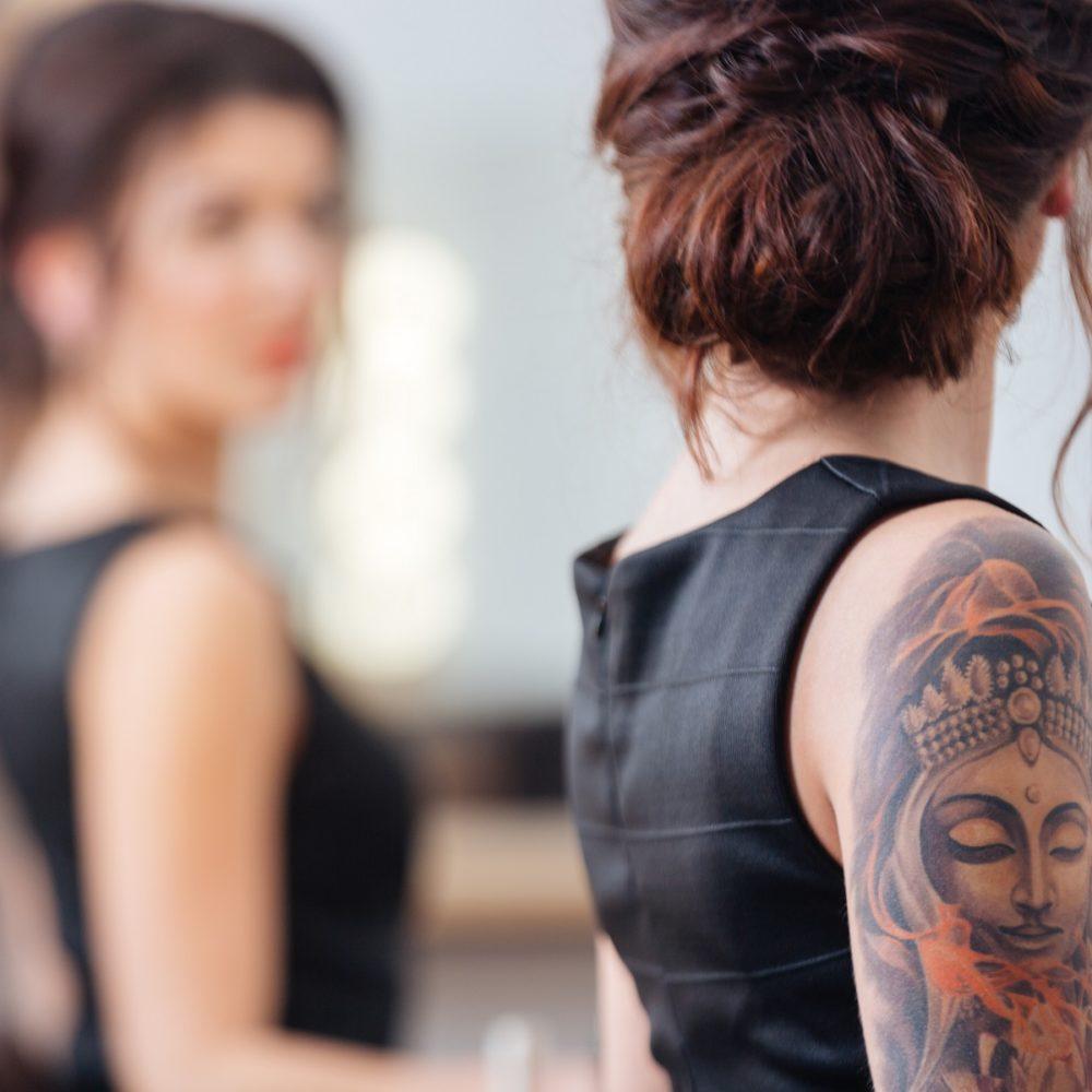 Tatuaże U Kobiet W Których Miejscach Są Sexy Blog O