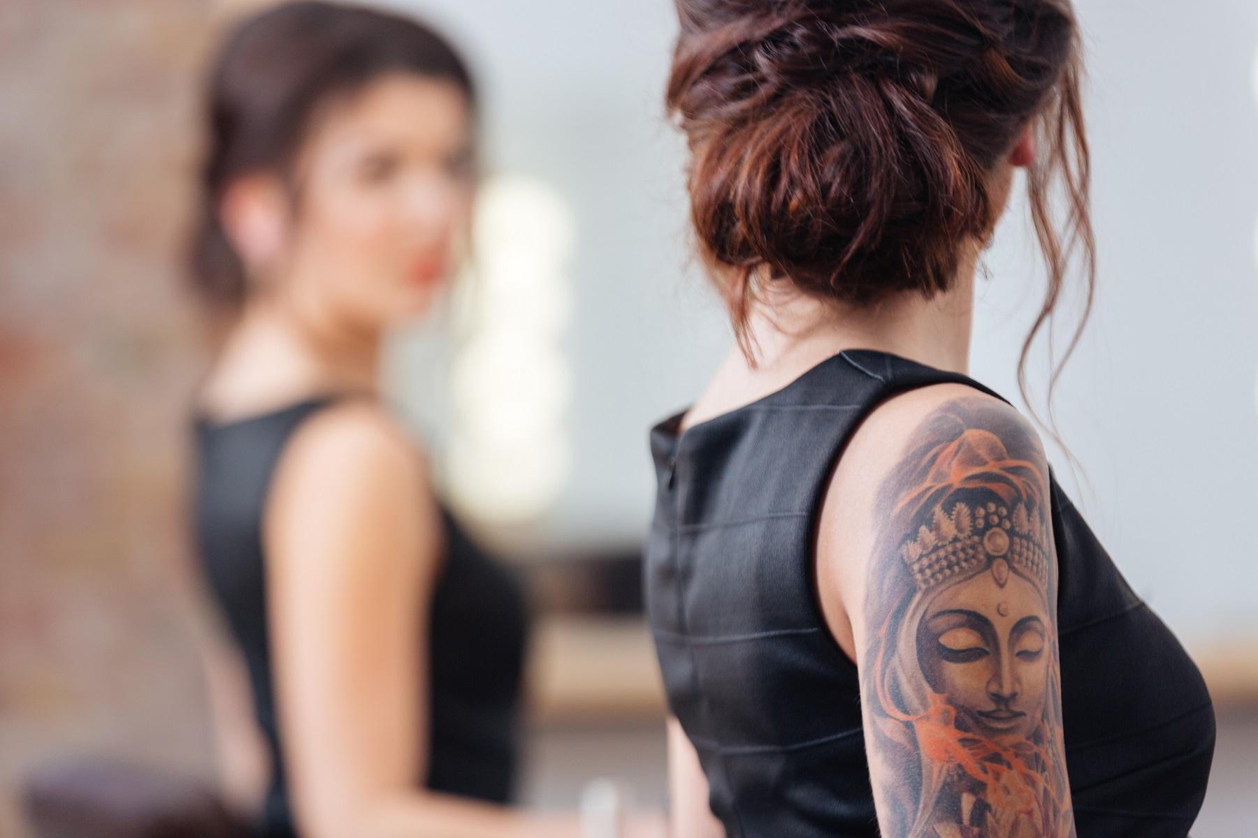 Tatuaże u kobiet – w których miejscach są sexy?