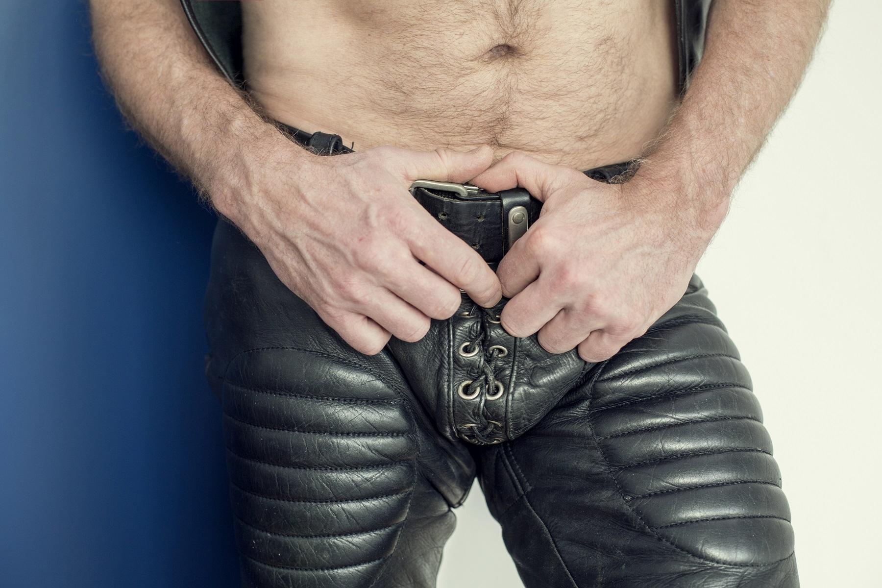 Skórzane spodnie męskie – oryginalne czy tandetne?