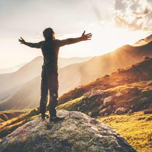 Co zabrać i jak się ubrać na majową wycieczkę w góry?
