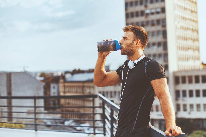 Co zjeść przed i po treningu – praktyczne porady