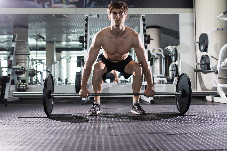 Ćwiczenia na górną część klatki piersiowej: od czego zacząć?