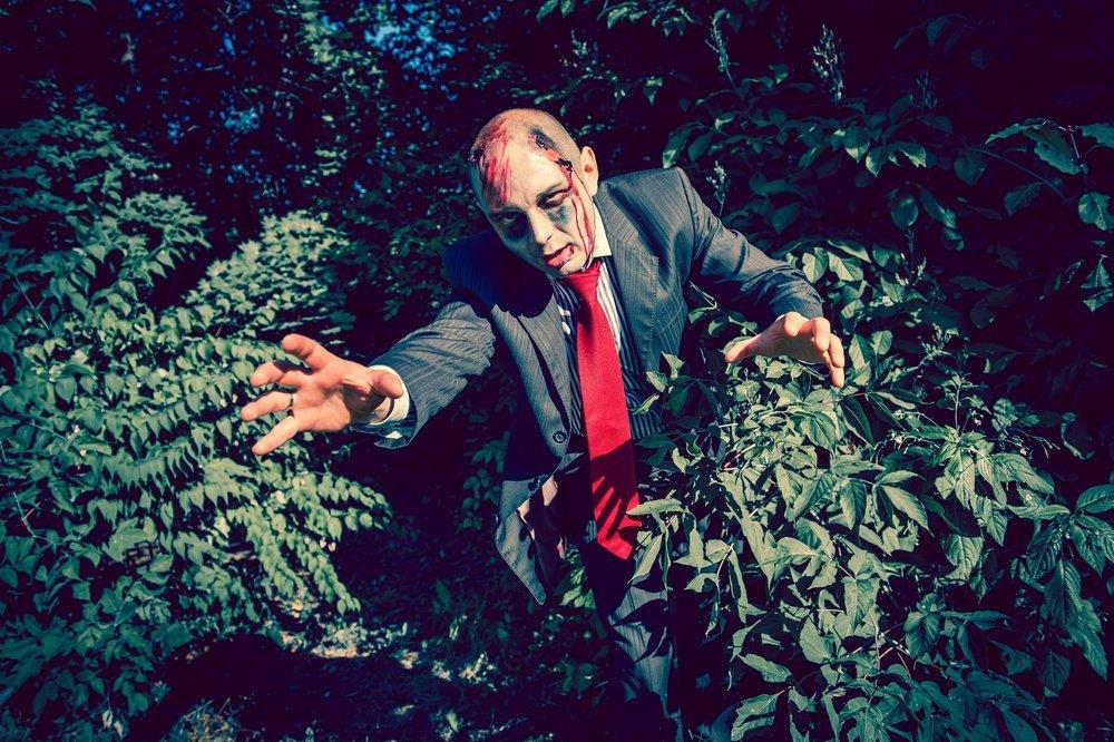 Zombie - przebranie na Halloween