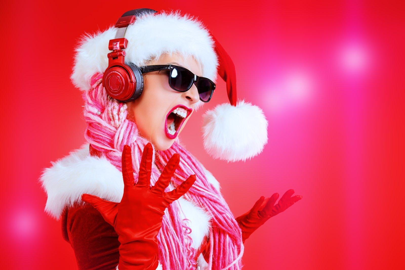 Słuchanie świątecznych piosenek (na okrągło) może być szkodliwe dla zdrowia?