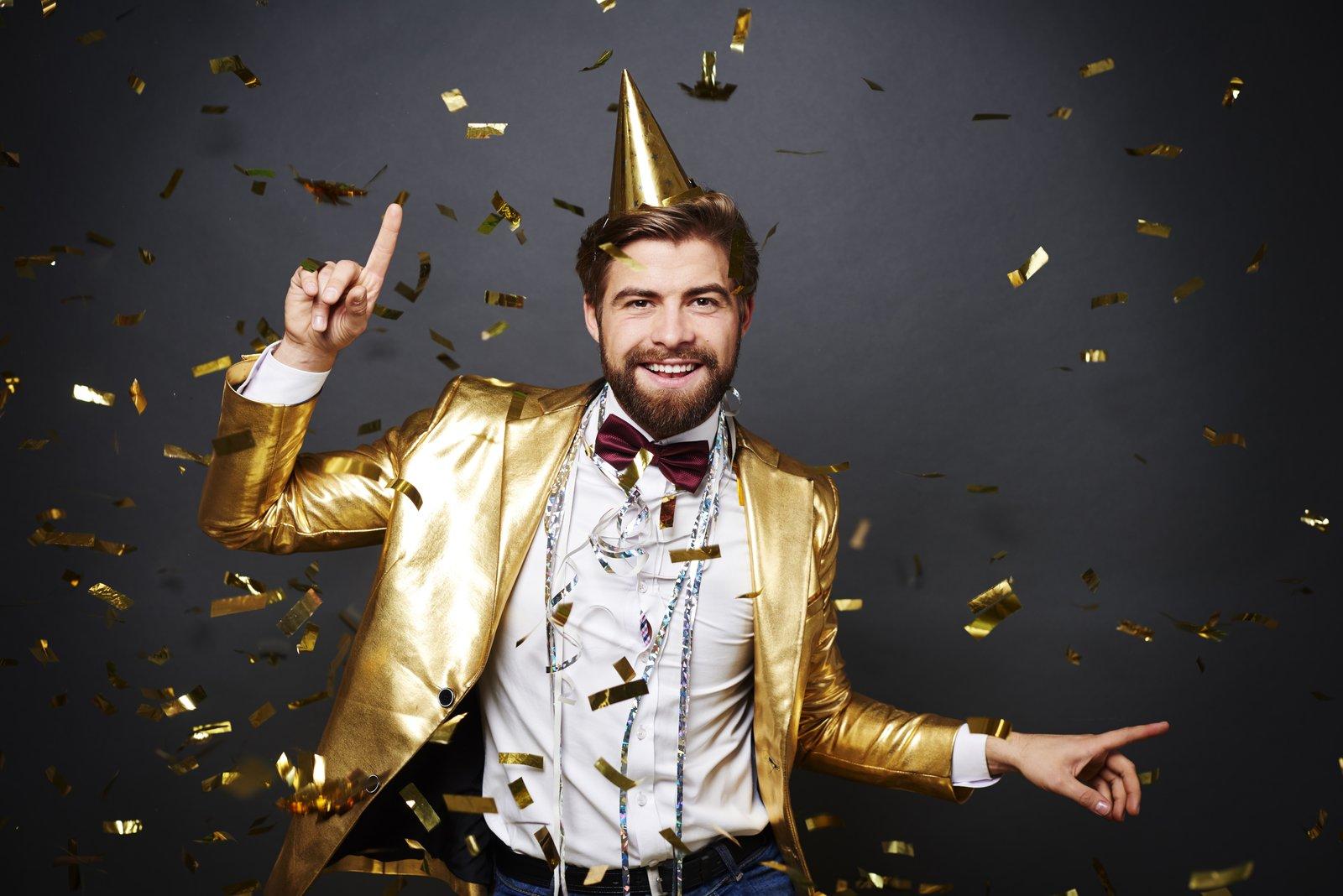Jak mężczyzna powinien się ubrać na sylwestra 2018/19?