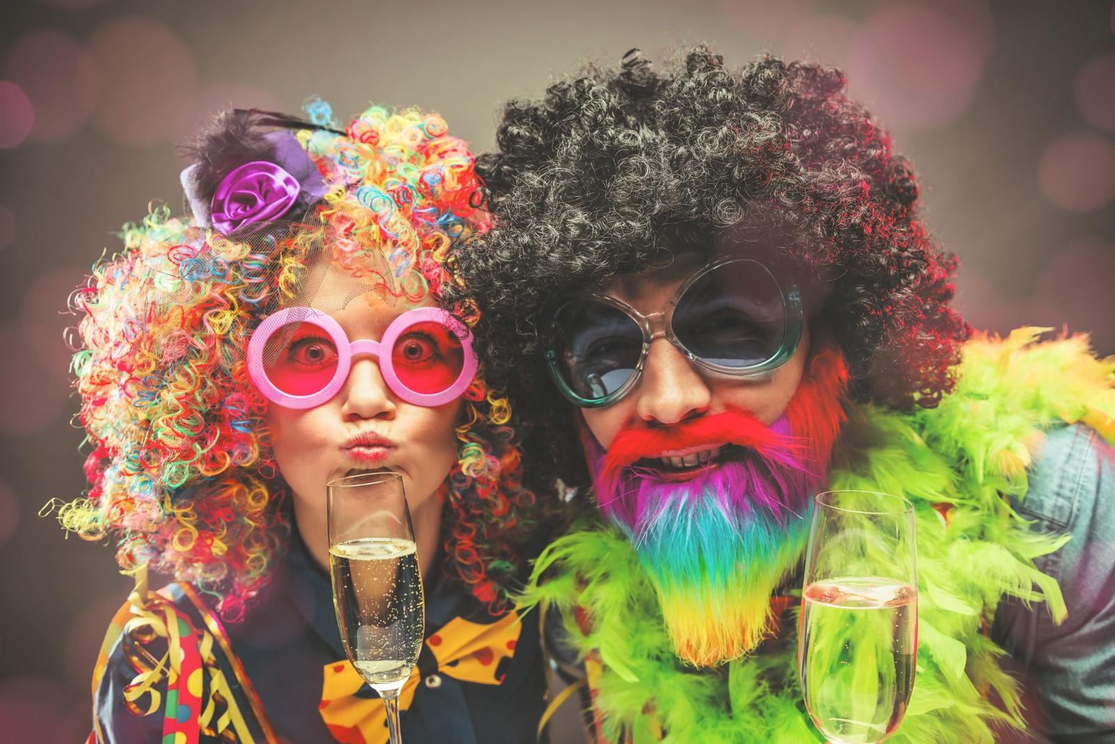 Jak się ubrać na karnawał w 2019? 3 propozycje stylówek na imprezę karnawałową