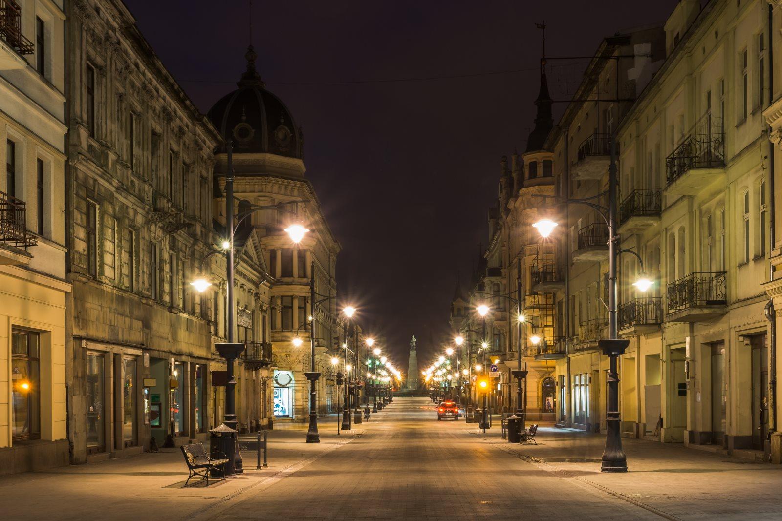 Piotrkowska nocą