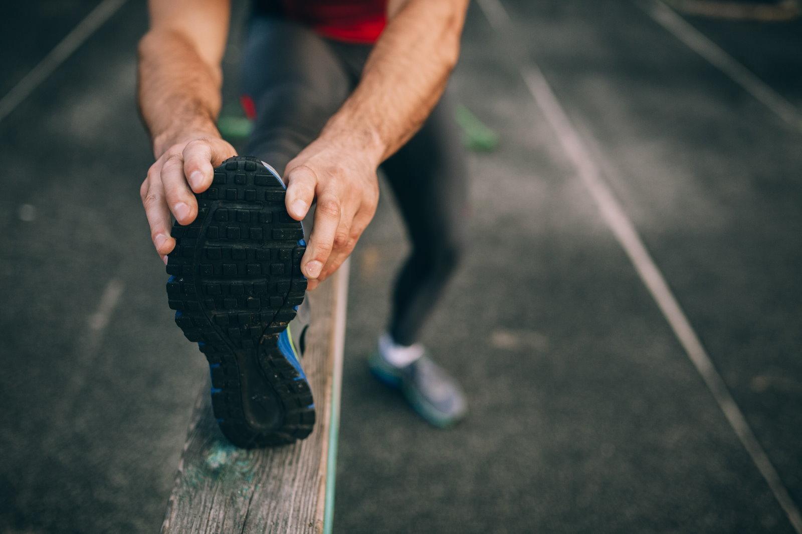 Ćwiczenia rozciągające dla początkujących – jak to robić z głową?