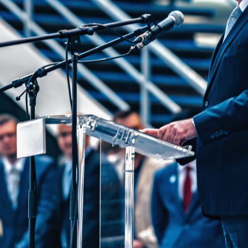 Polityk na mównicy