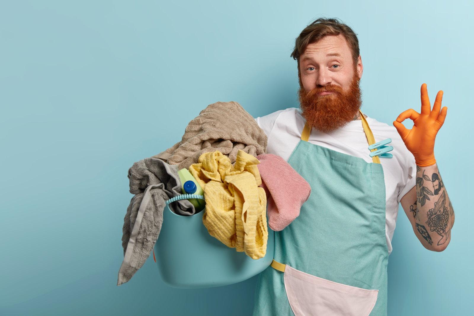 Jak prać i suszyć swetry? 5 sprawdzonych sposobów