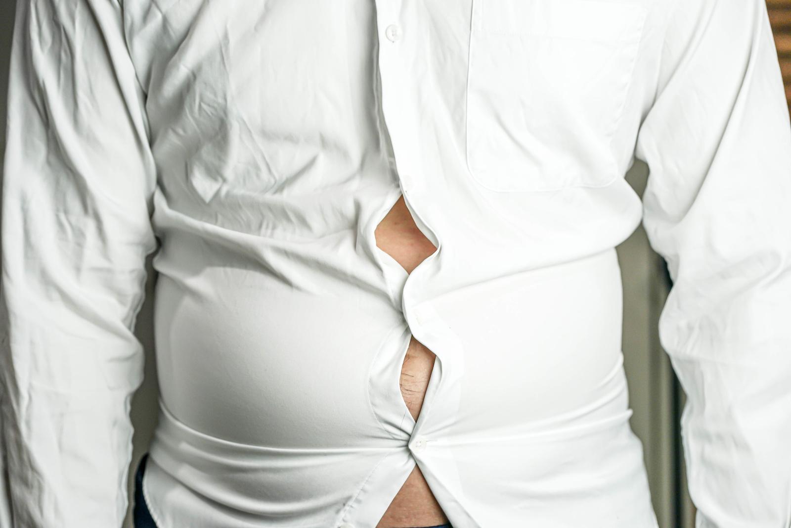 Jak się modnie ubrać w rozmiarze XL i XXL?