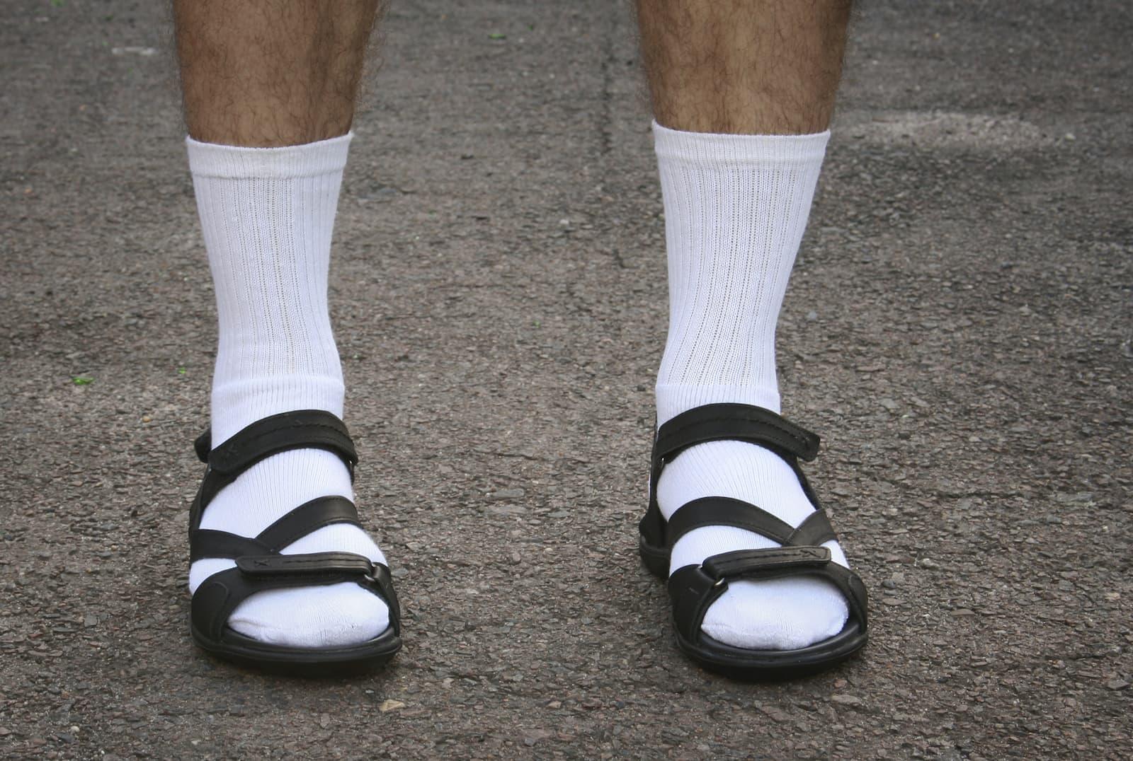 skarpety i sandały