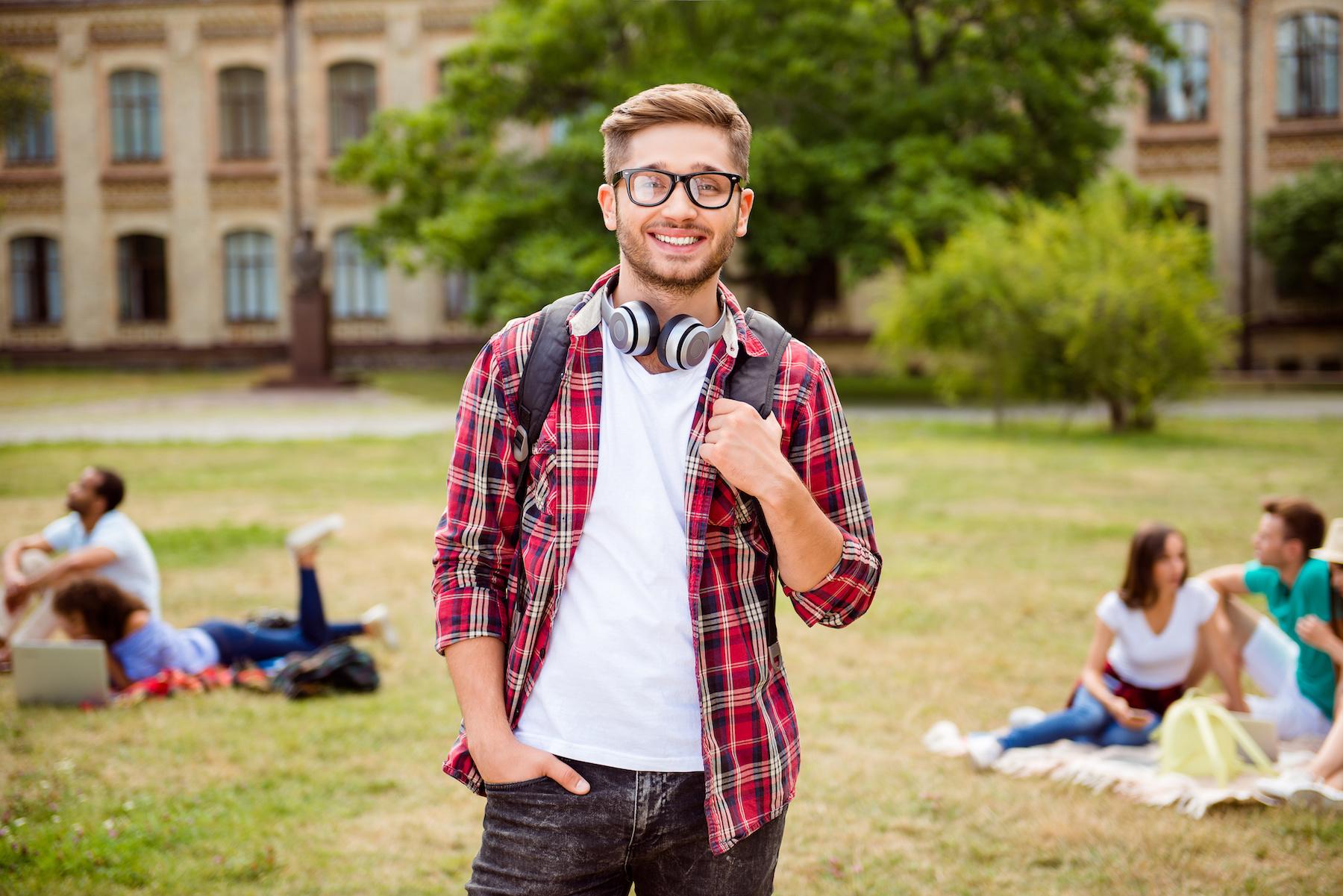 Stylówka nerda. 4 rzeczy, które musisz mieć