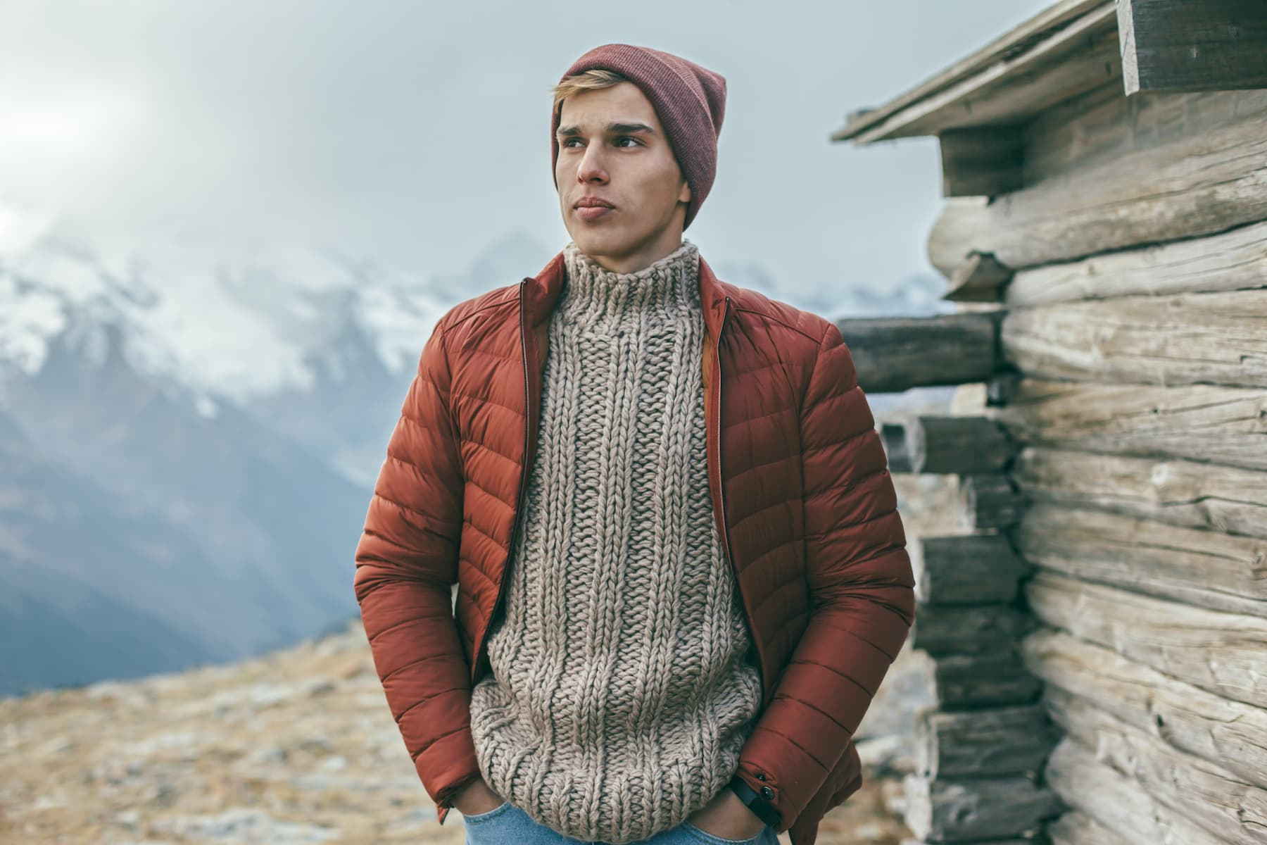 Jakie swetry nosić, gdy chcemy zamaskować nadwagę?
