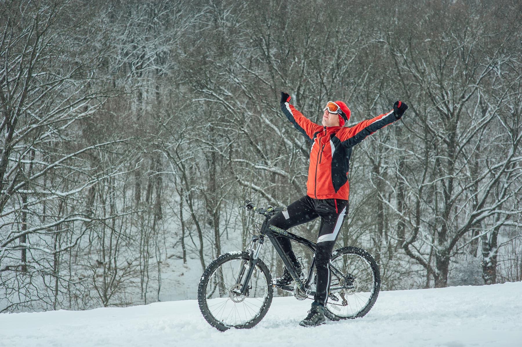 W co się ubrać na rower zimą?