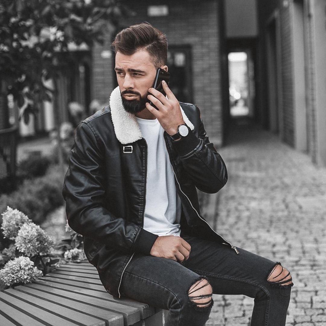 model z brodą
