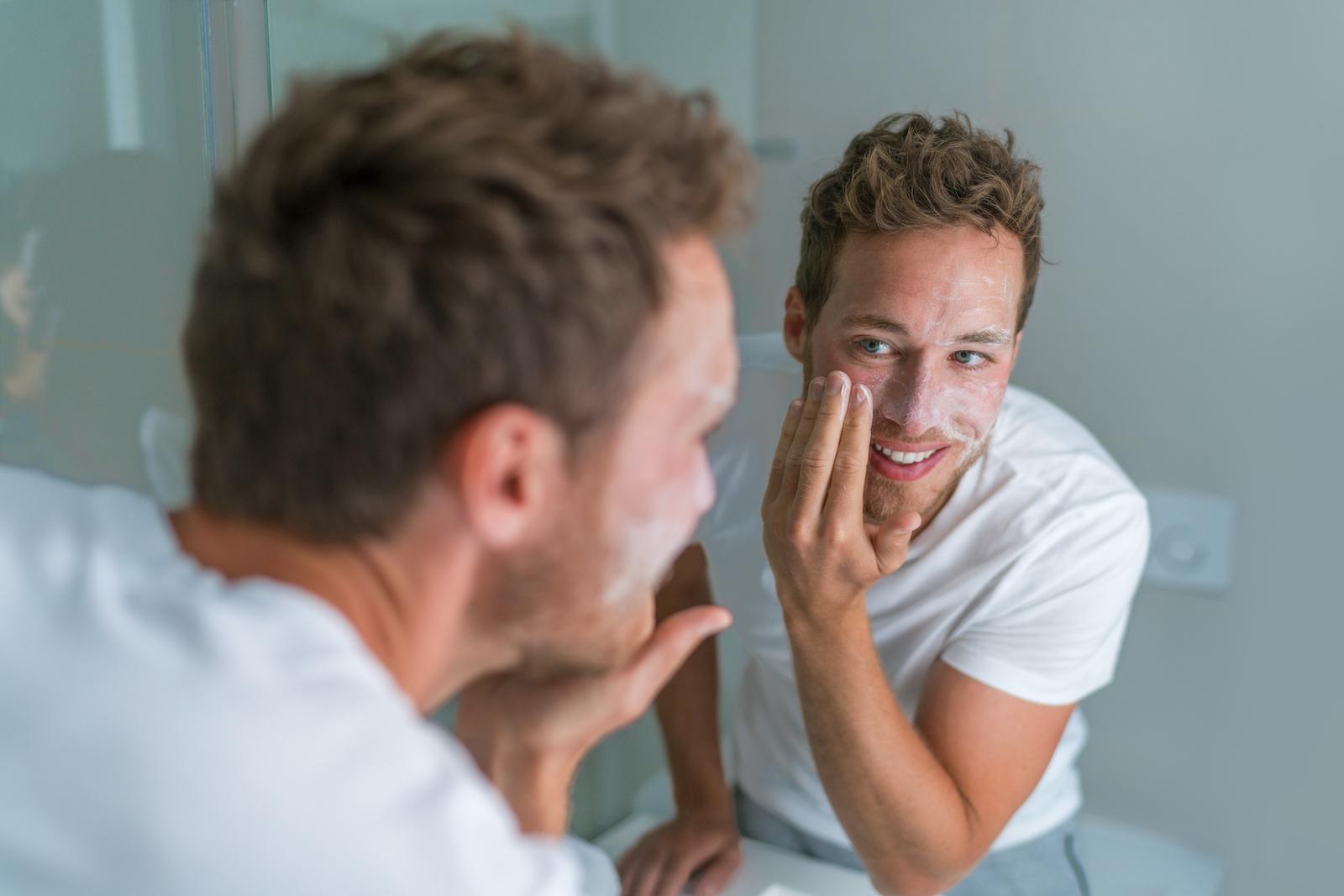 Problemy z cerą? Jak dbać o skórę, kiedy masz trądzik lub wypryski