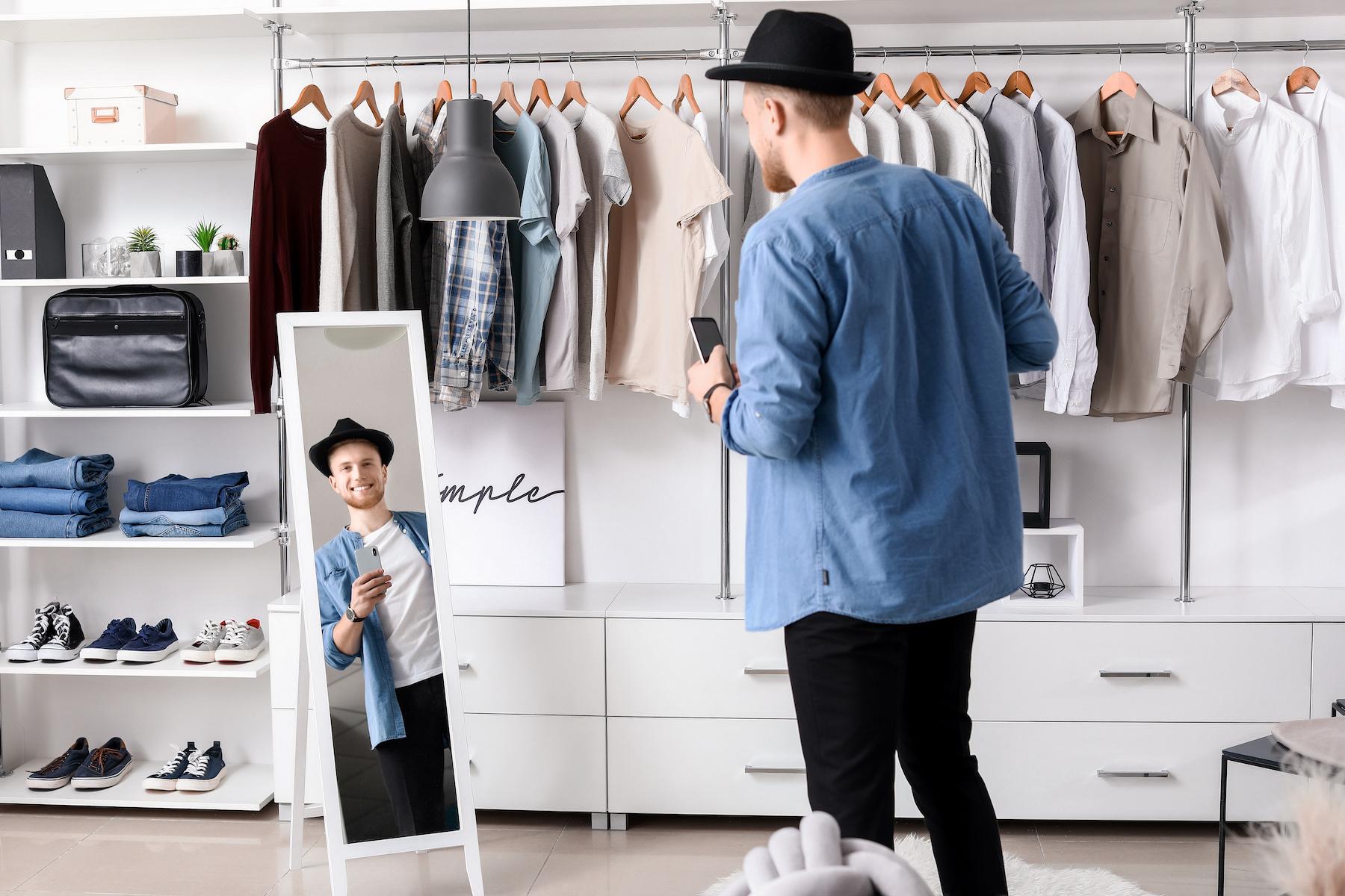 Ubrania basic – podstawa szybkich stylizacji. Co warto mieć w szafie?