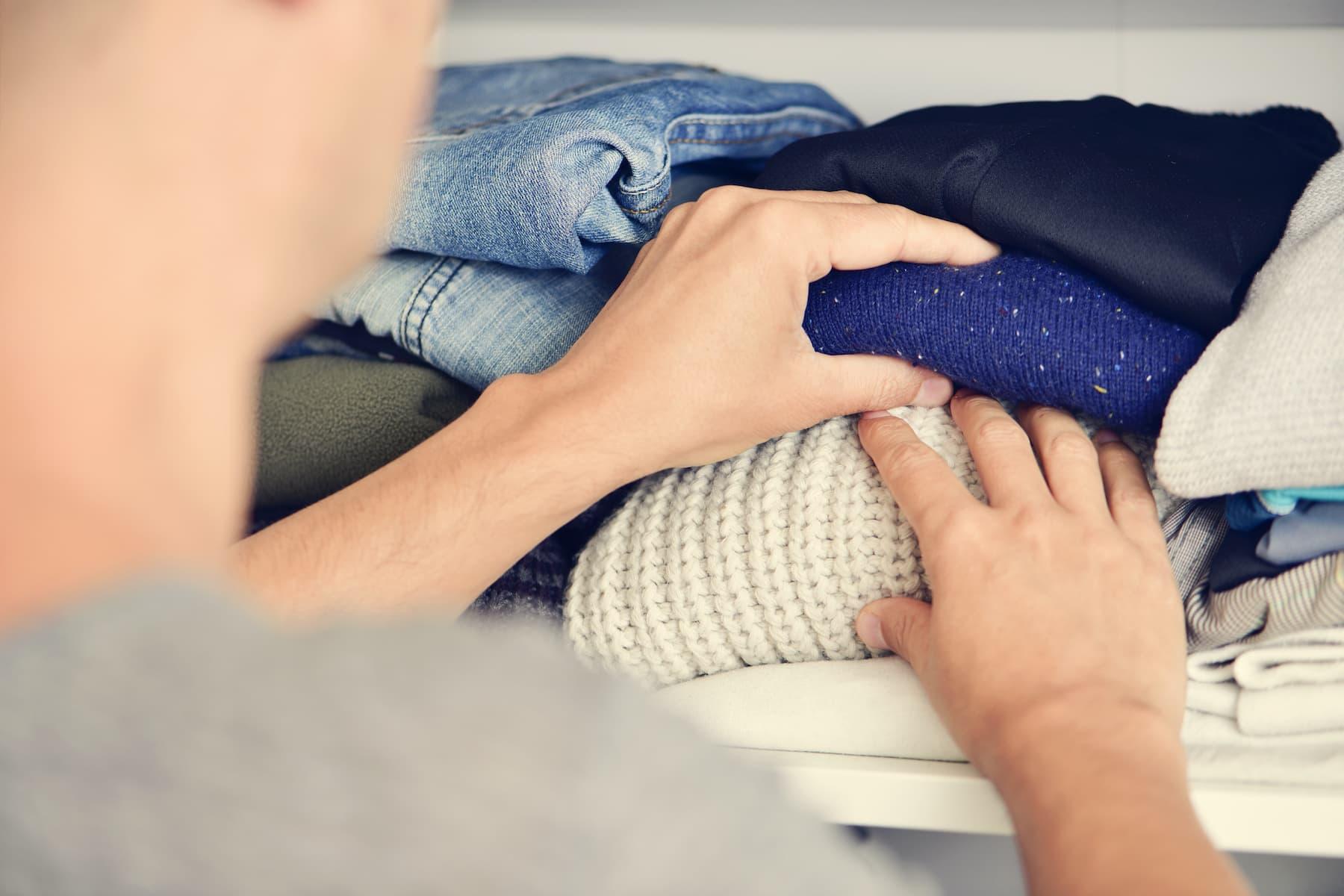 składanie ubrań
