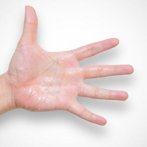 spocone dłonie