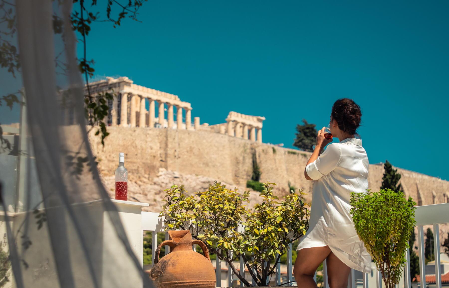 turystka w Grecji