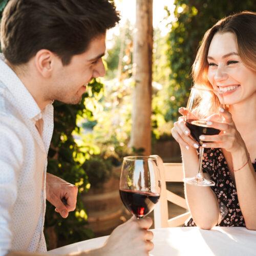miejsca na randkę, popularne miejsca na randkę, gdzie zabrać dziewczynę na randkę, pomysły na randkę