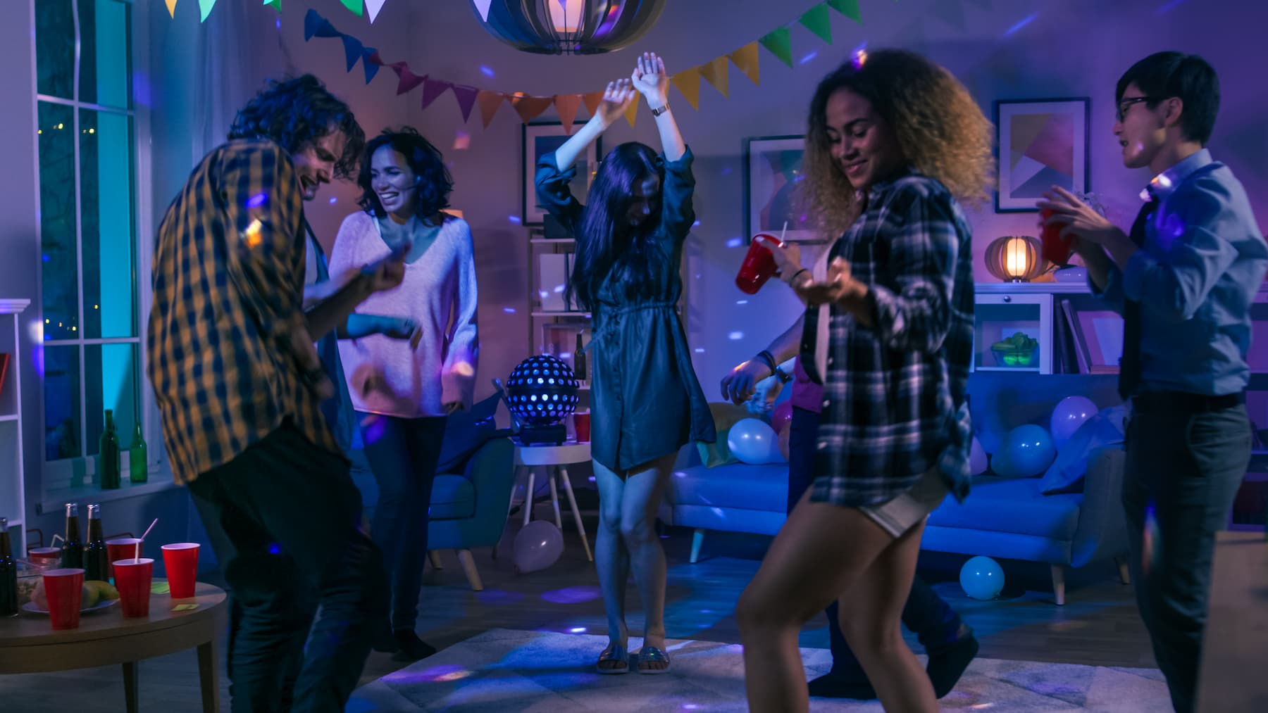 najpopularniejsze playlisty spotify, muzyka na imprezę, muzyka imprezowa
