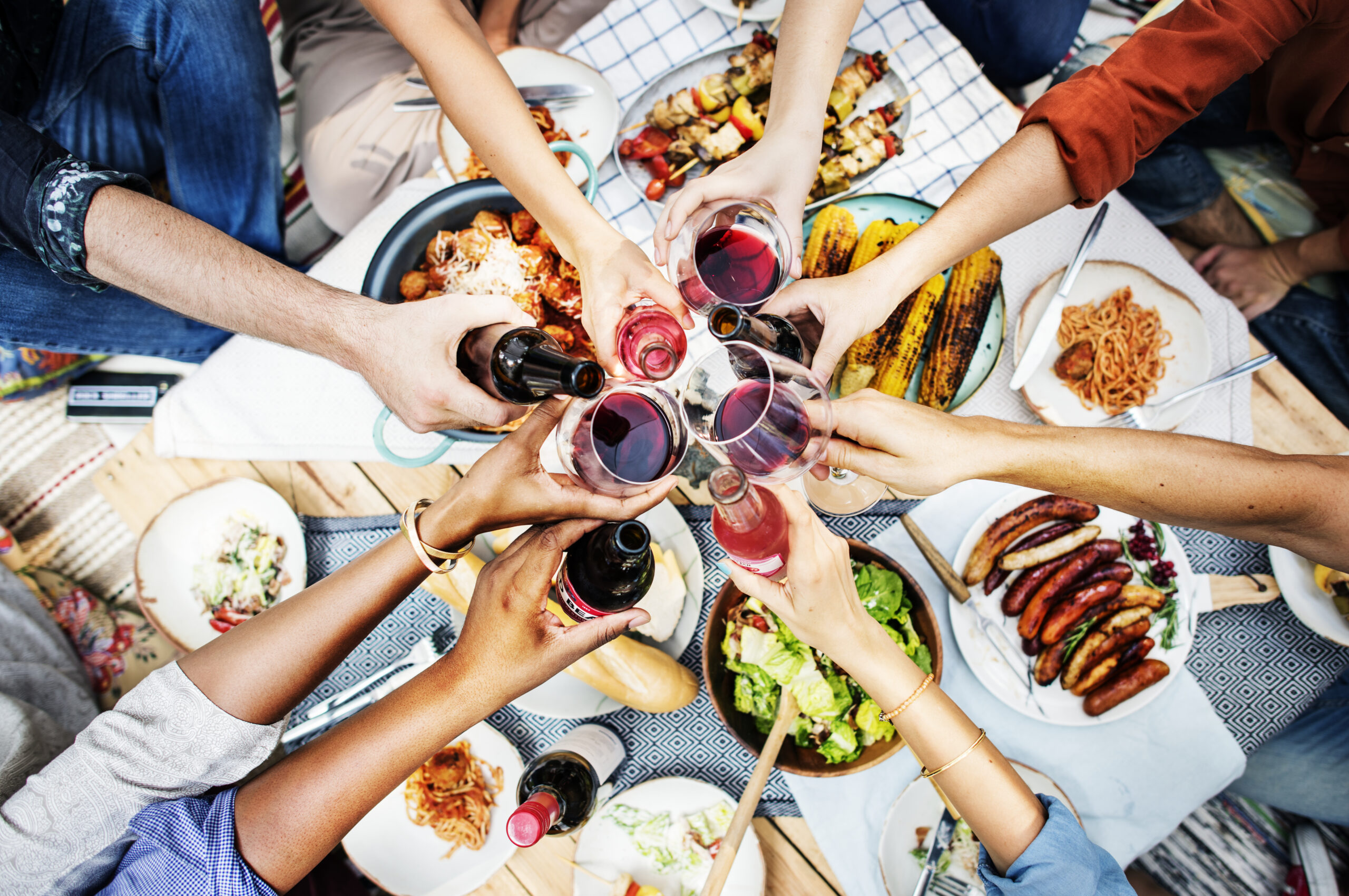 6 przepisów na przystawki na imprezę (nawet dla kulinarnych antytalentów!)