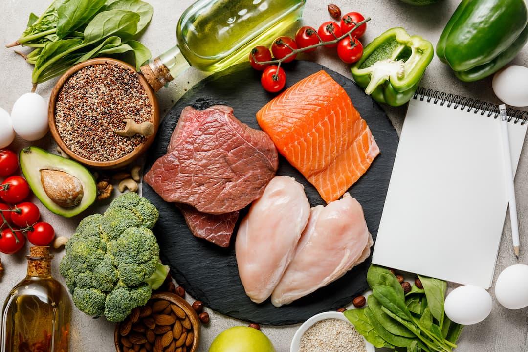 śniadanie wysokobiałkowe, dieta wysokoproteinowa, dieta bogata w białko